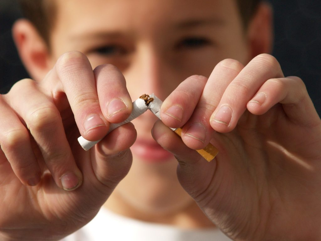 Osmond NE Dentist | Tobacco & Your Teeth: The Risks of Chewing and Smoking